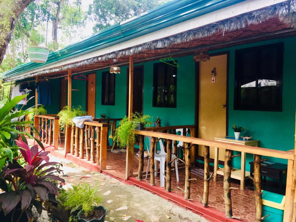 Domos Native Guest House