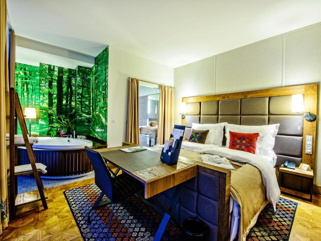 Bristol tradition and luxury rzeszów poland rooms
