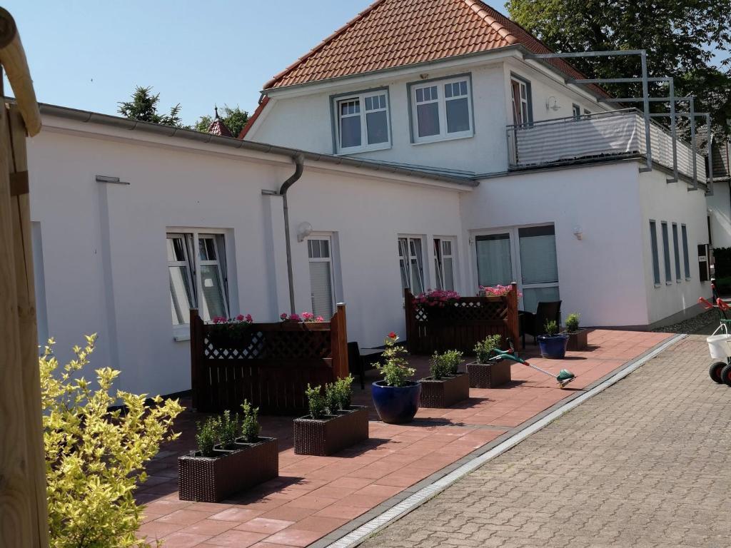 Kombi Haus Mit Dachterrasse Nienhagen Updated 2019 Prices