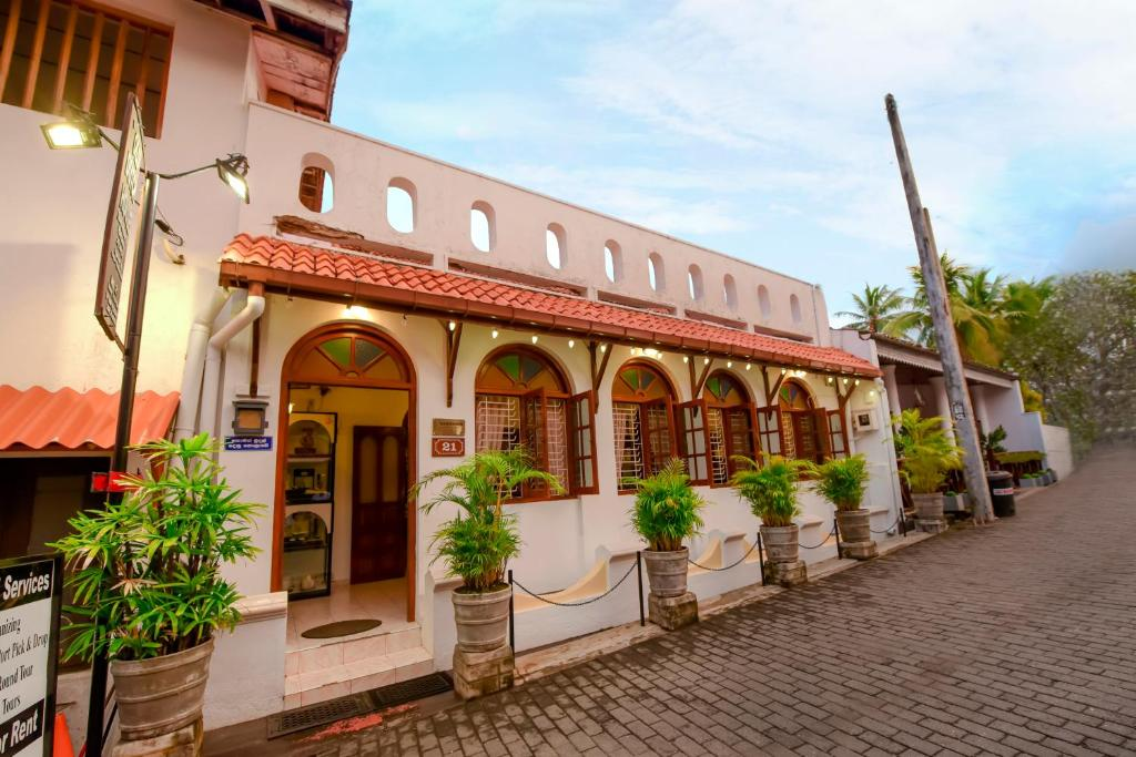Bed And Breakfast New Old Dutch House Galle Sri Lanka Booking Com