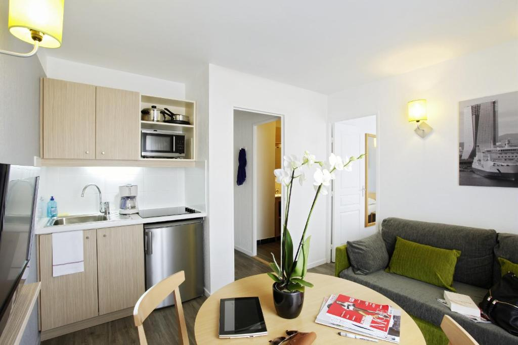 Aparthotel Adagio Access Marseille Prado P U00e9rier  Marseille  U2013 Tarifs 2019