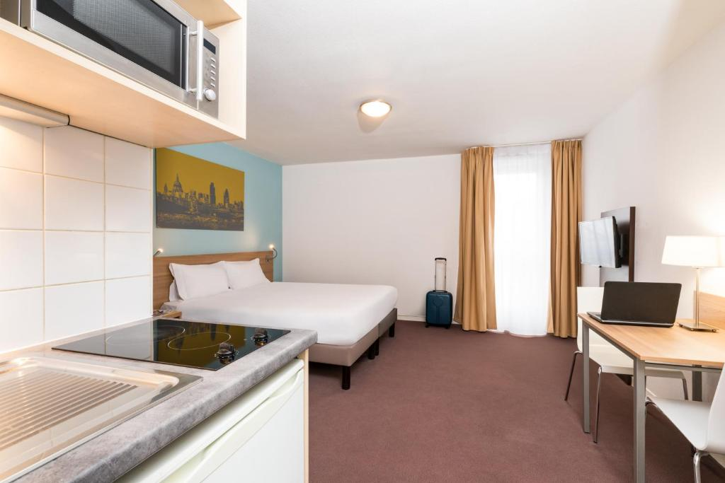 Apartments In Vélizy-villacoublay Ile De France