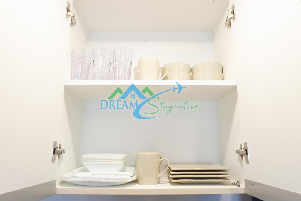 Condo Hotel New Studio Unit by DreamStaycation, Davao City