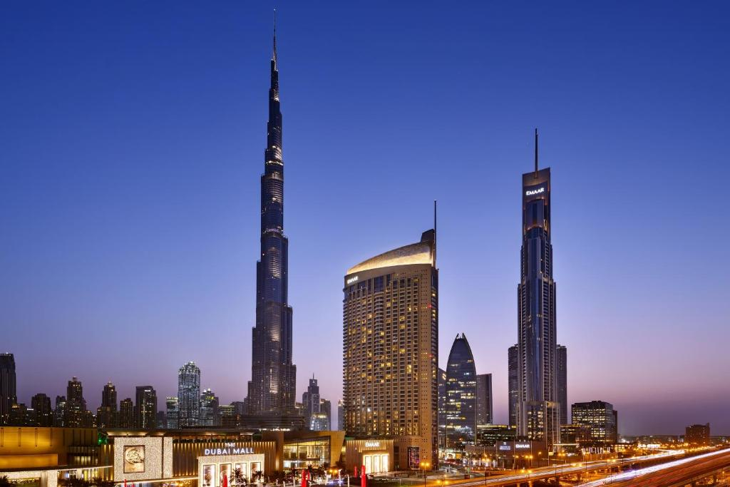 Hotel Address Dubai Mall, UAE - Booking com