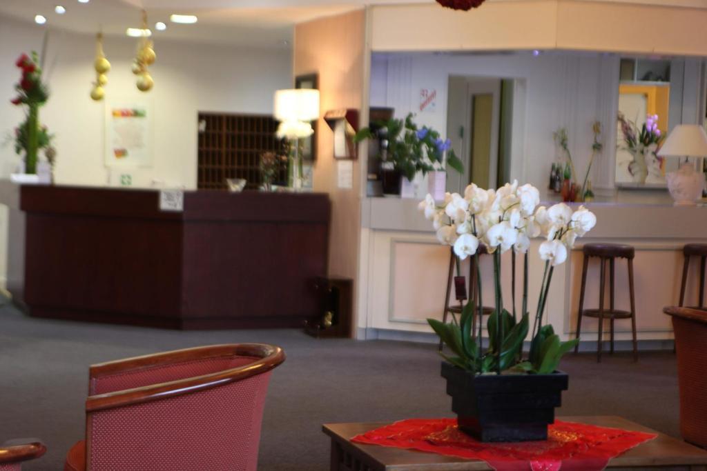 Inter-hotel Bristol  France Aix-les-bains