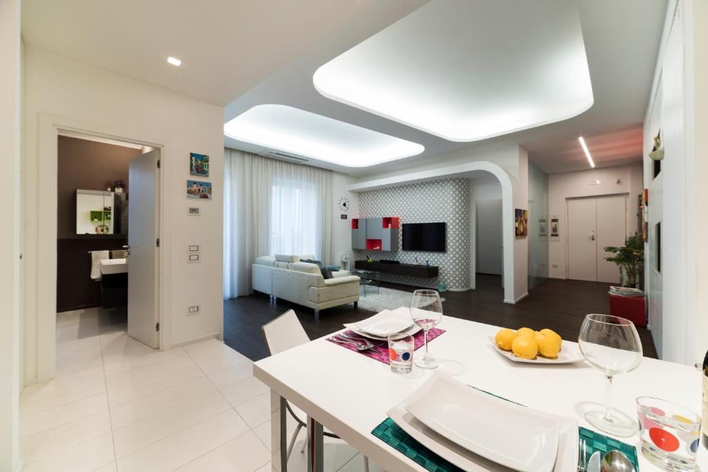 Immagini Case Arredate Moderne.Morris Luxury Apartment Salernas Atnaujintos 2019 M Kainos