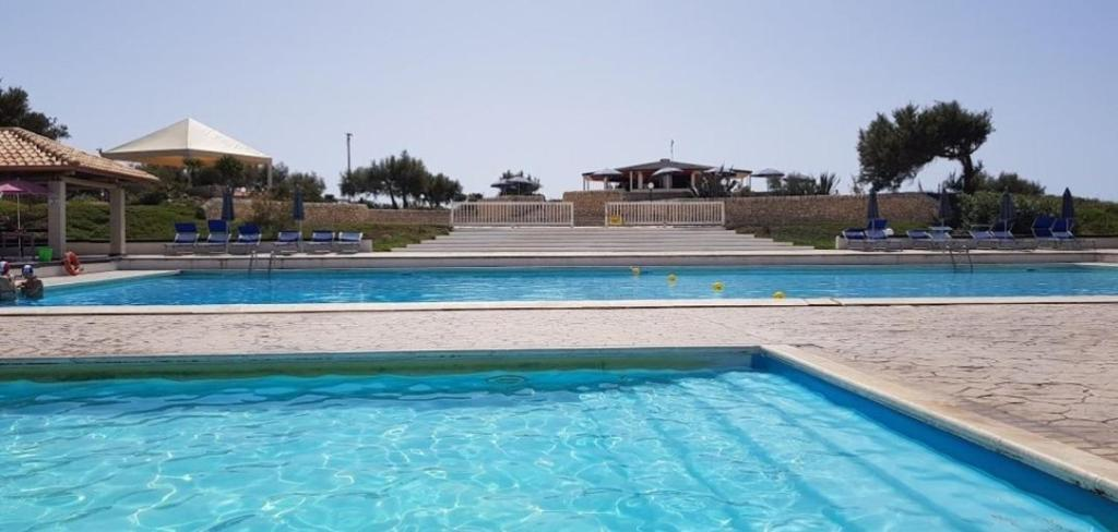 Kamarina resort scoglitti italy for Villaggio kamarina