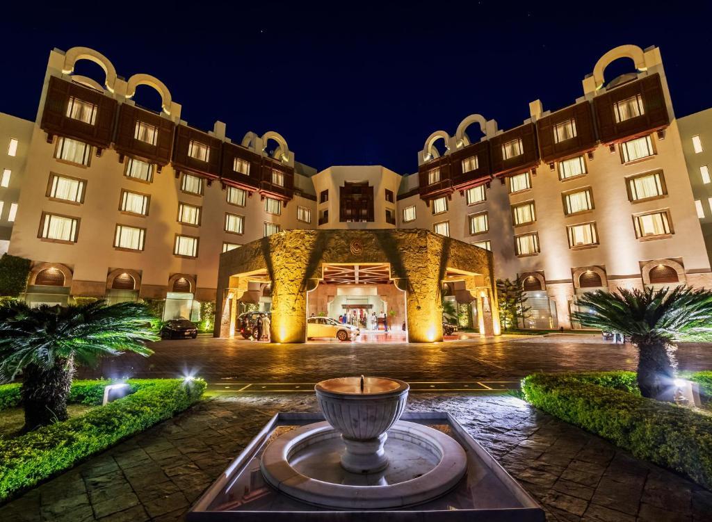 イスラマバード セレナ ホテル(Islamabad Serena Hotel)