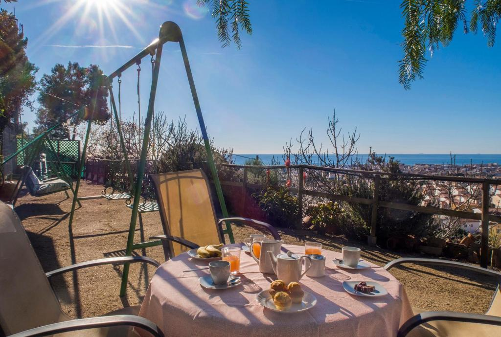 Casa rústica en costa de Barcelona, Pineda de Mar – Prezzi ...