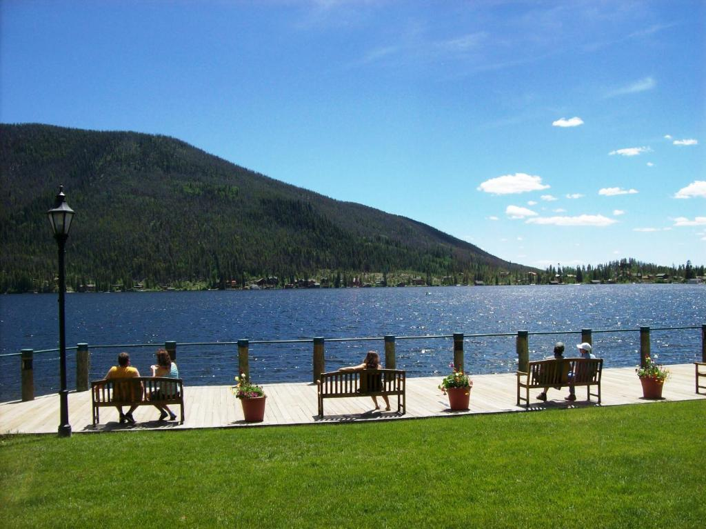 Western Riviera Lakeside Lodging Grand Lake Usa Deals Updated