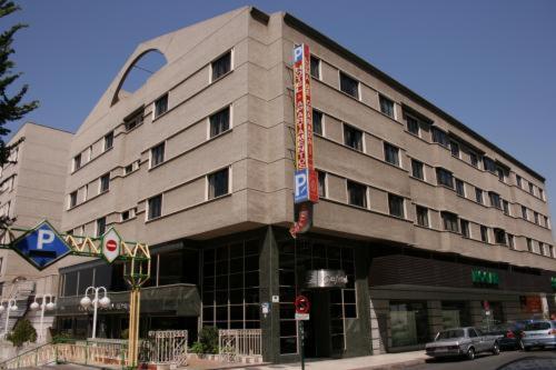 Hotel Luna Arabial Granada