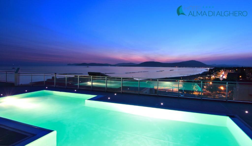 Piscina di Alma di Alghero Hotel o nelle vicinanze