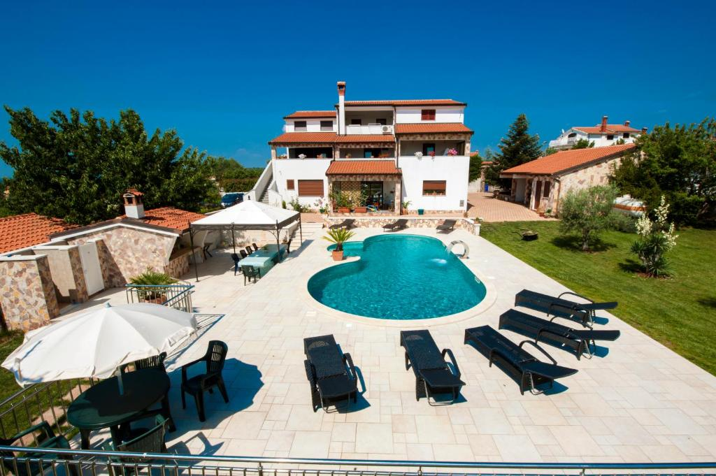 Kleurrijke Deense Villa : Apartments villa kimberly kroatië rovinj booking