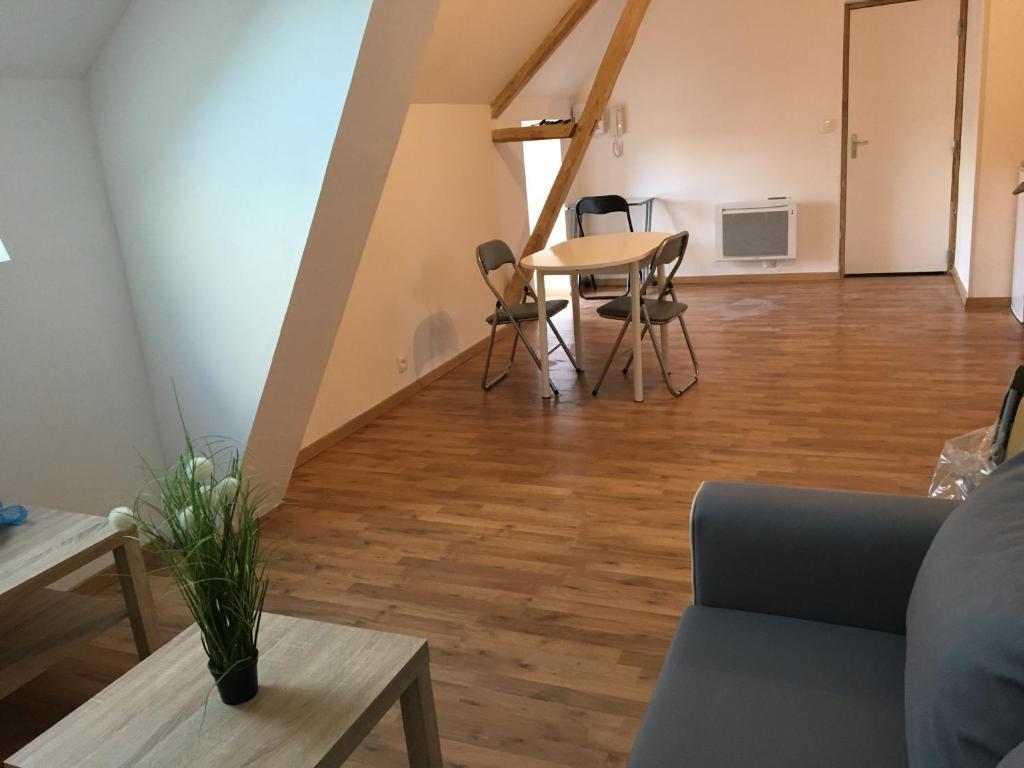 Apartments In Saint-denis-sur-sarthon