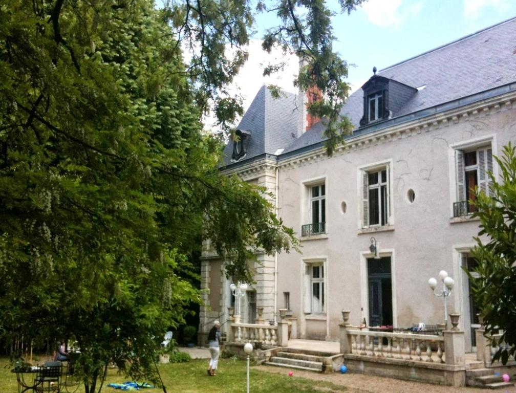 bed and breakfast dhôtes château marbeliere, joue-les-tours