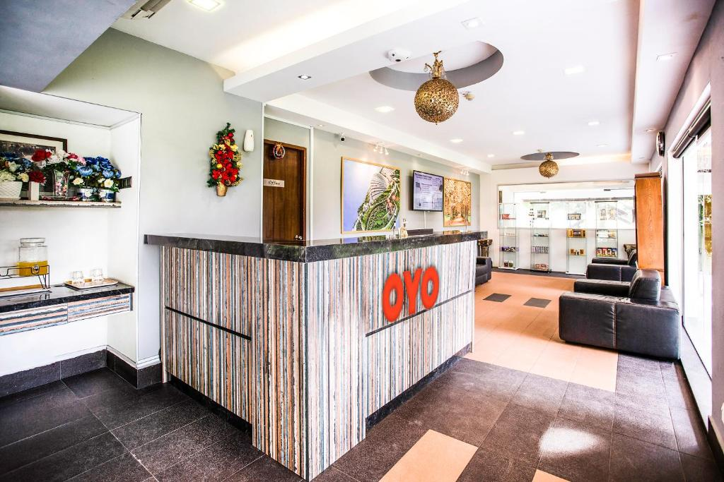 The lobby or reception area at OYO 104 Pegasus Hotel