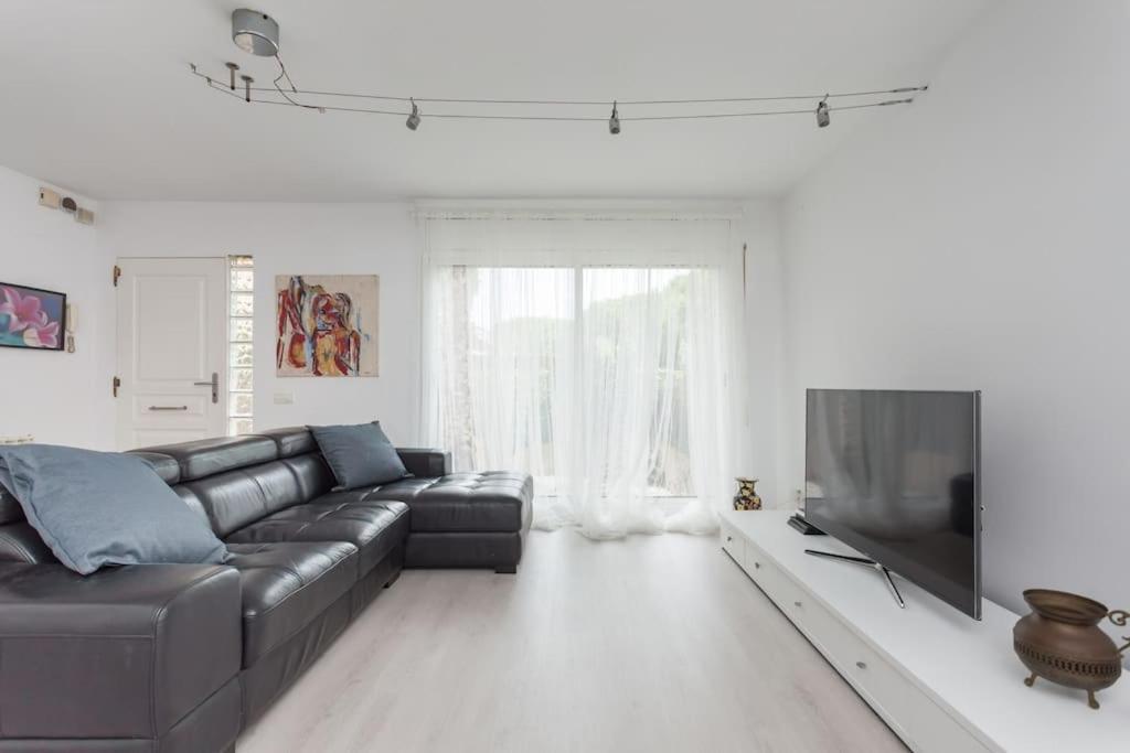 Lovely beach house, Gavà – Prezzi aggiornati per il 2019