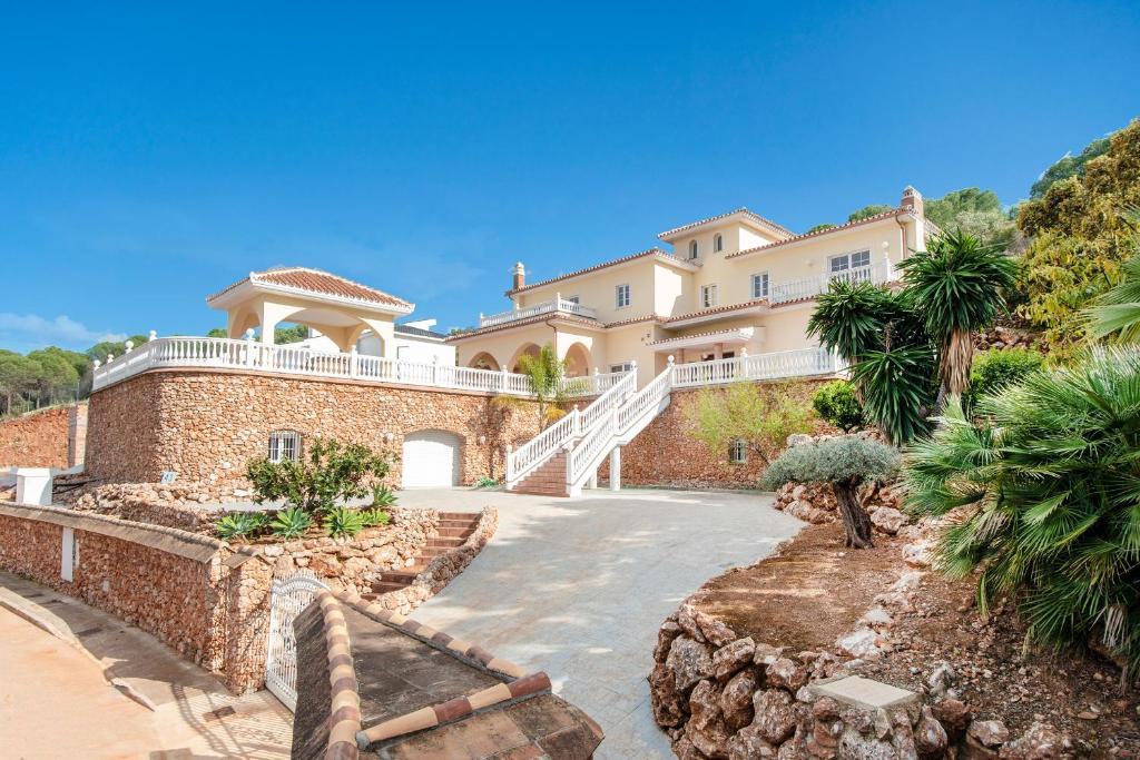 Urb San Jorge, Villa Julia 43, Alhaurín el Grande – Precios ...