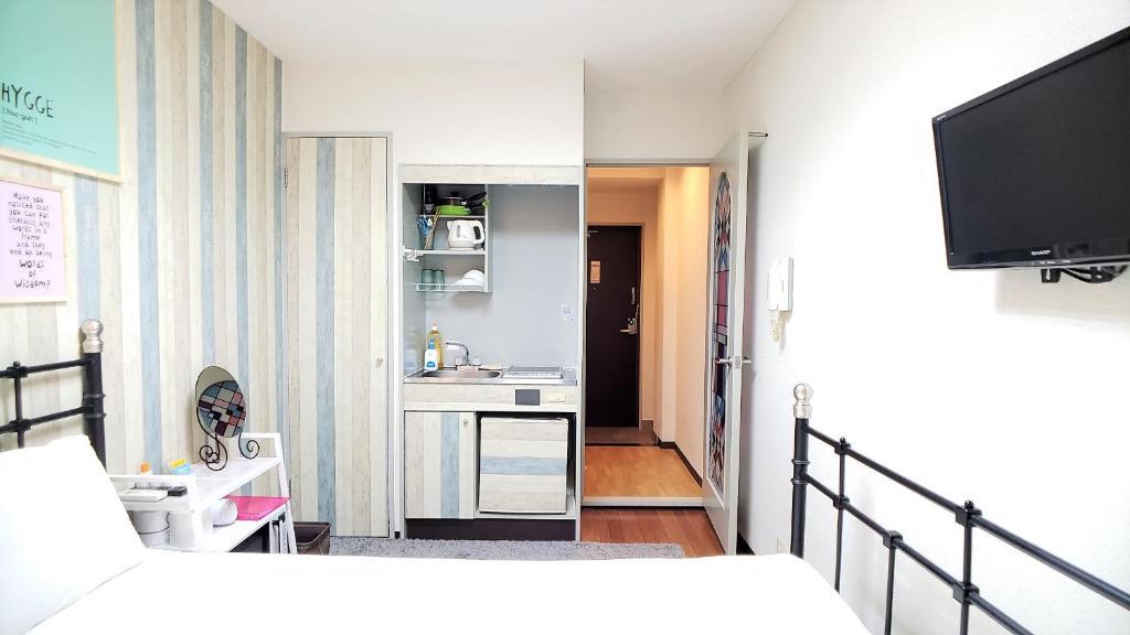 Apartment MORI NAMBA#3 Free Portable WIFI, Osaka, Japan
