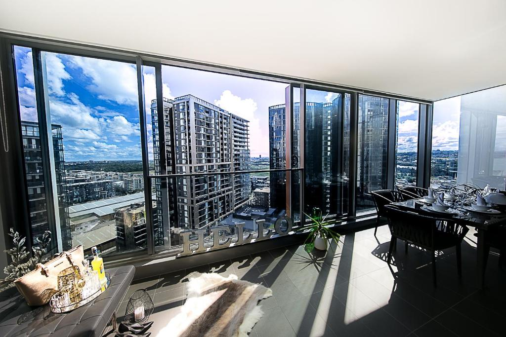 Luxury Condo Apartment in Sydney Olympic Park + City View ...