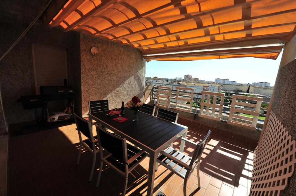 ec2ce996540b Atico Terrazas vistas Piscinas garaje dos baños, Jerez de la ...