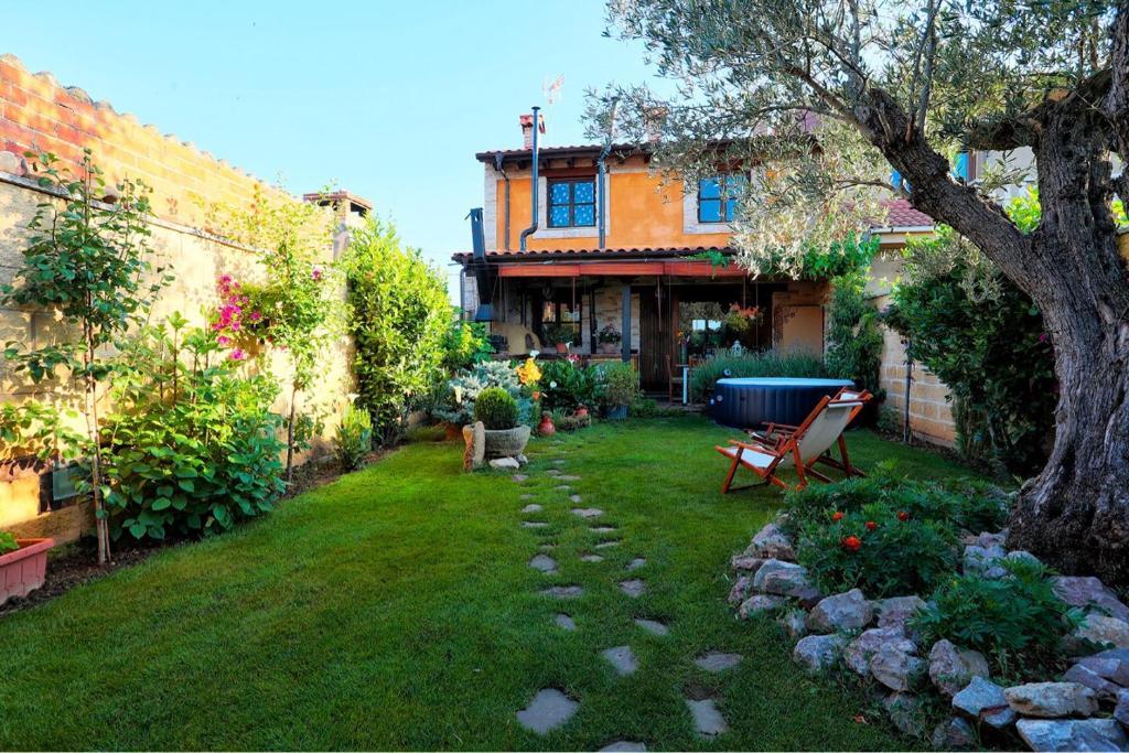 Casa de Campo Canalbacasarural (Espanha Cembranos) - Booking.com
