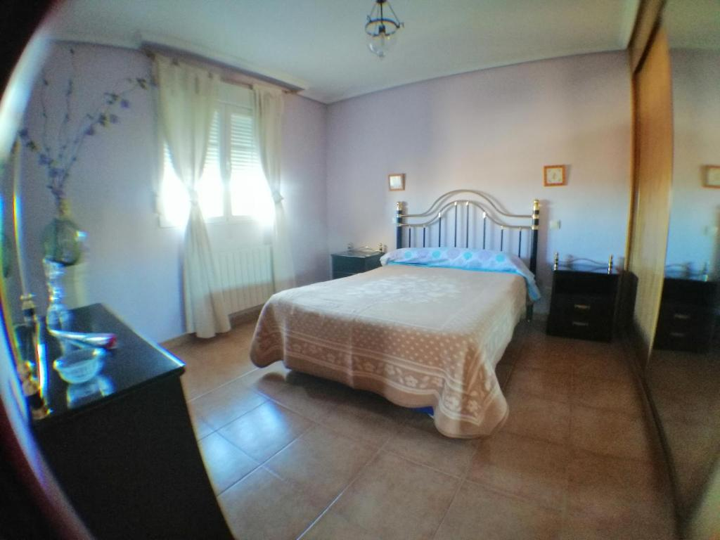 Casa chalet (RURAL) cerca Parador Toledo, Cobisa – Updated ...