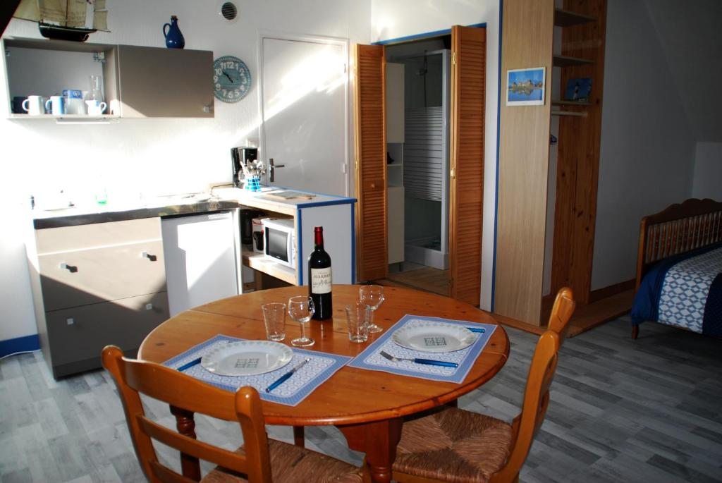 Apartments In Saint-gilles-de-la-neuville Upper Normandy