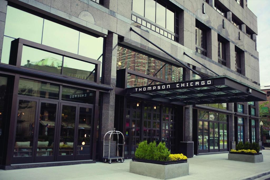 トンプソン シカゴ(Thompson Chicago)