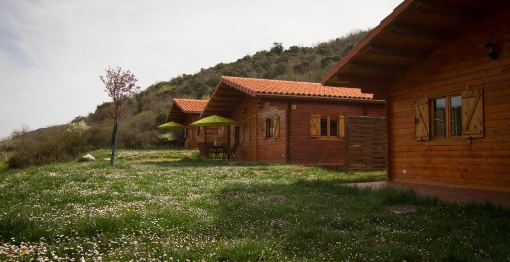 Edifici on està situat el càmping resort
