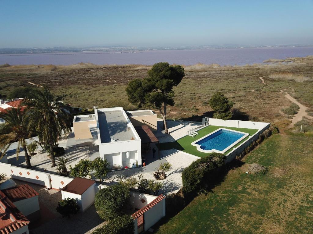 A bird's-eye view of Villa Mi Atardecer
