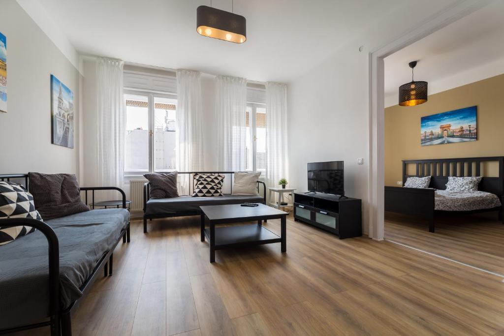 Eastern Apartment Budapest Hungary Booking Com
