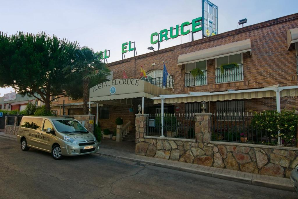 Hostal El Cruce, Paracuellos de Jarama – posodobljene cene ...