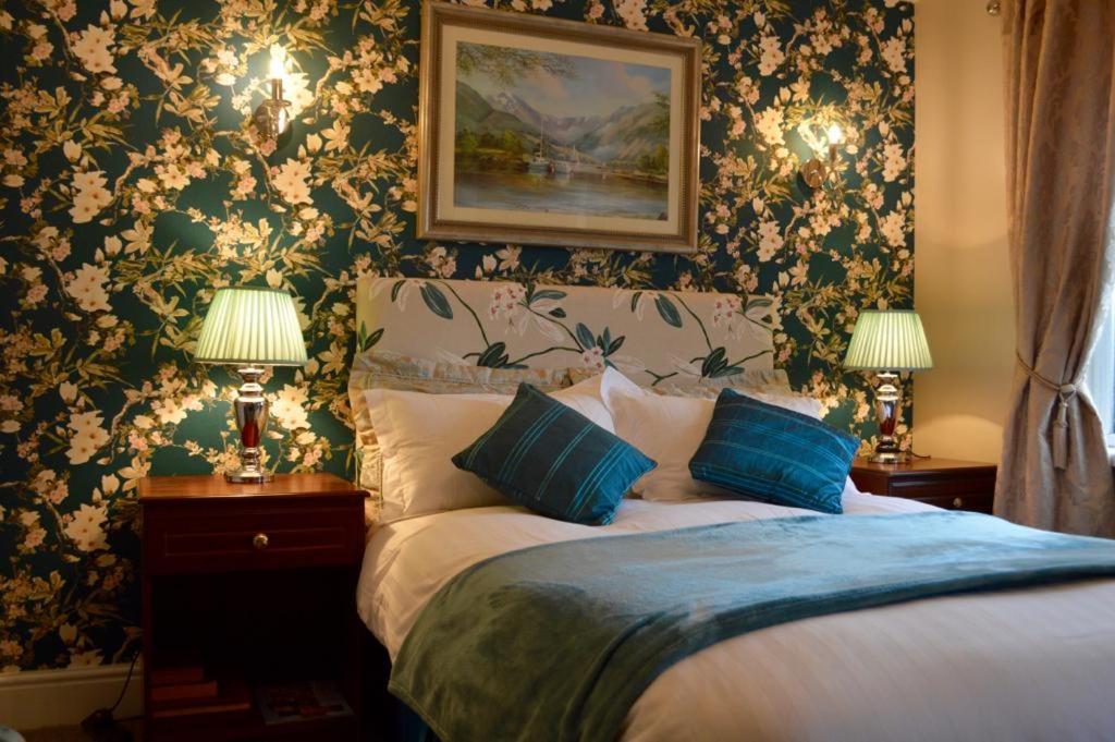 Llit o llits en una habitació de Killyliss Country House B&B