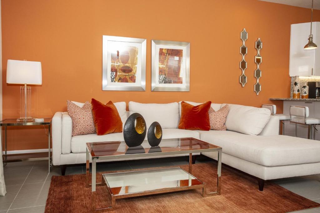 New and modern 3 bedroom villa, Bay Lake – ceny aktualizovány 2019