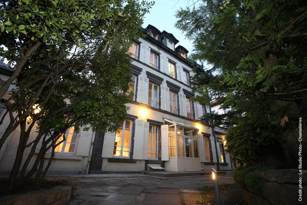 Bed And Breakfast Chambres D Hotes Clermont Ferrand France
