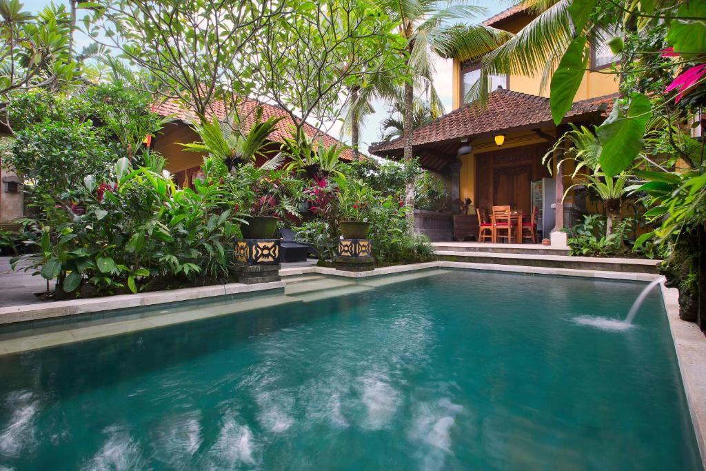 馬瓦屋酒店游泳池或附近泳池