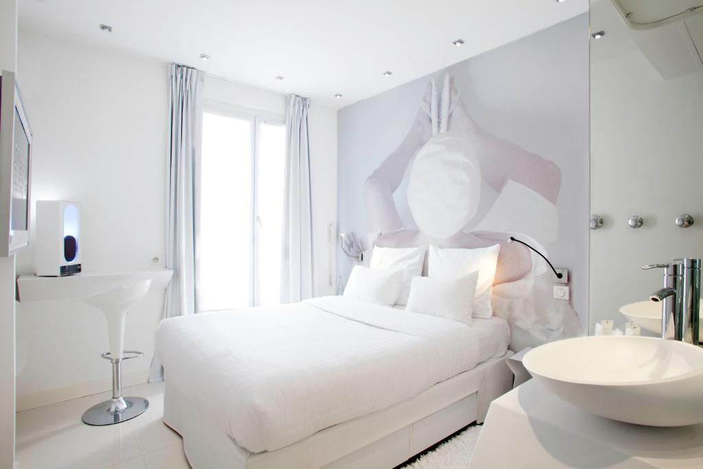 blc design hotel paris france