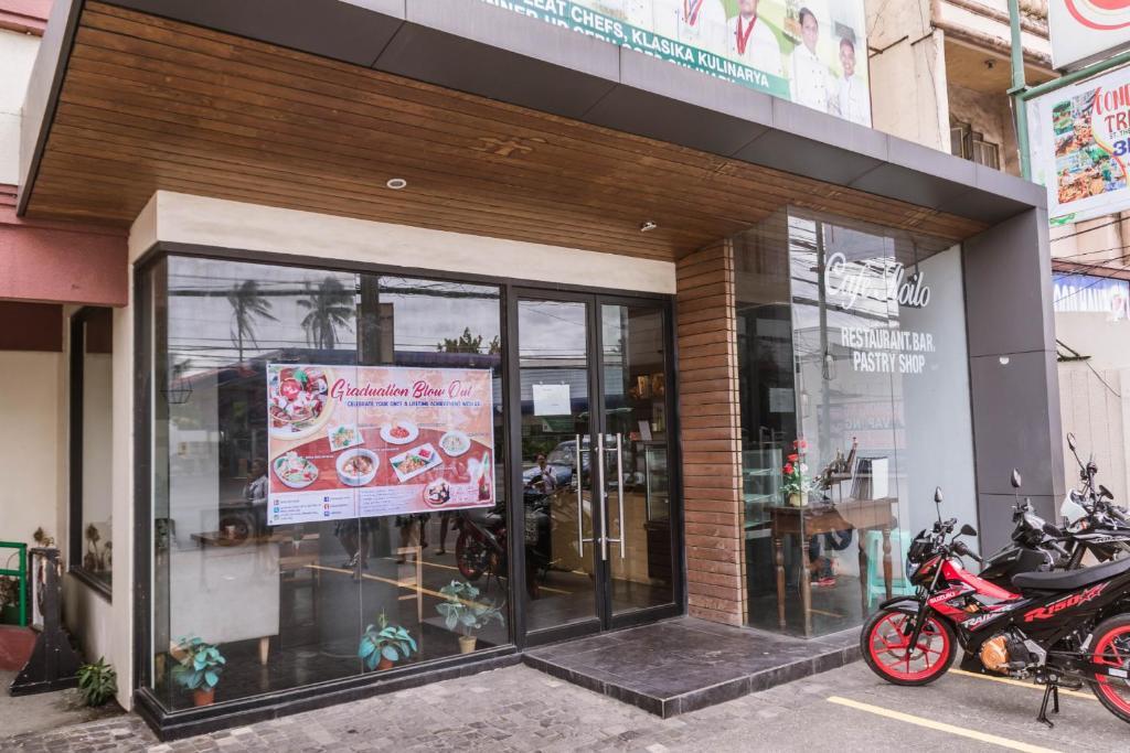 La Fiesta Hotel Iloilo City Philippines Booking Com