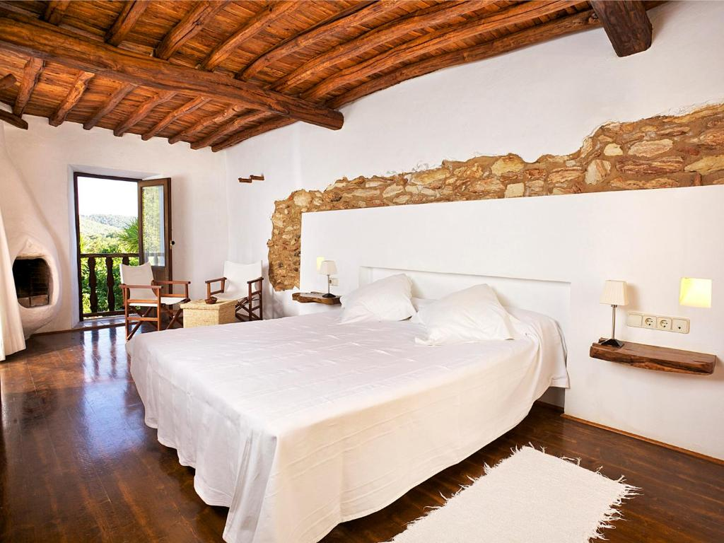 boutique hotels in ibiza  140