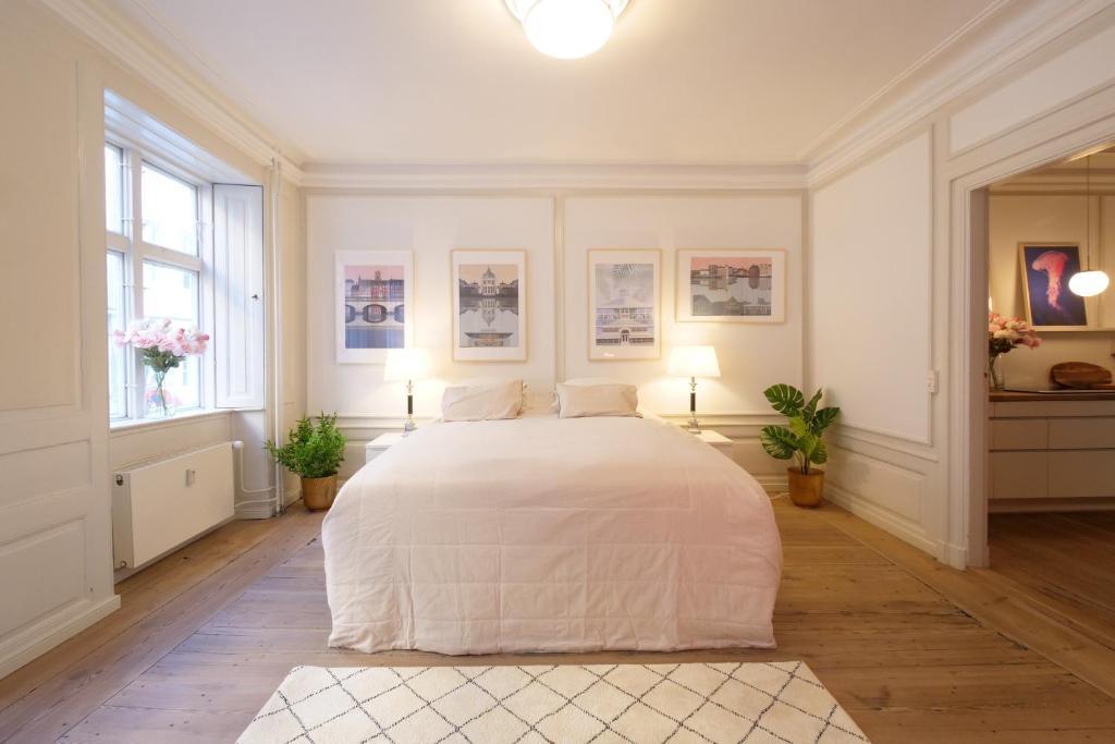 Llit o llits en una habitació de Direct Inner City Deluxe 1