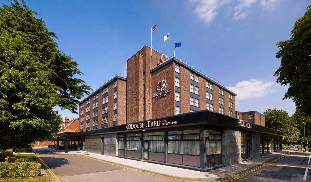 Doubletree By Hilton Hotel London Ealing London