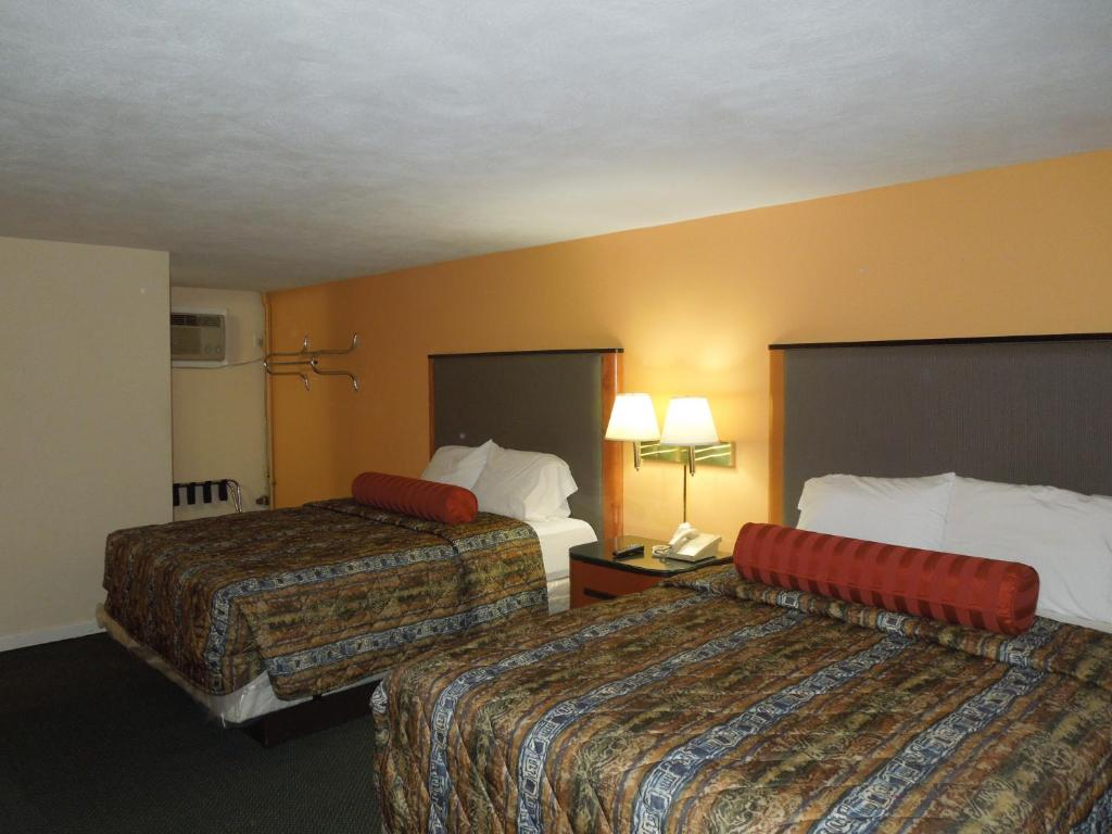 Sentinel Motel, West Chester, PA - Booking.com