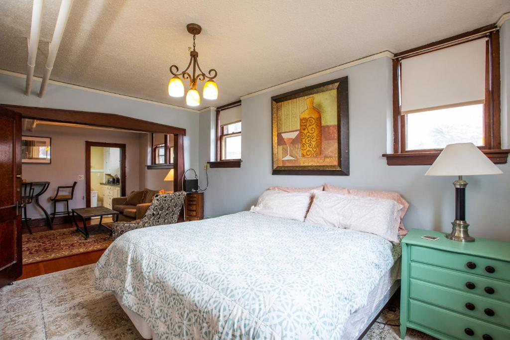Apartment Studio In The Heart Of The City Minneapolis Mn Booking Com
