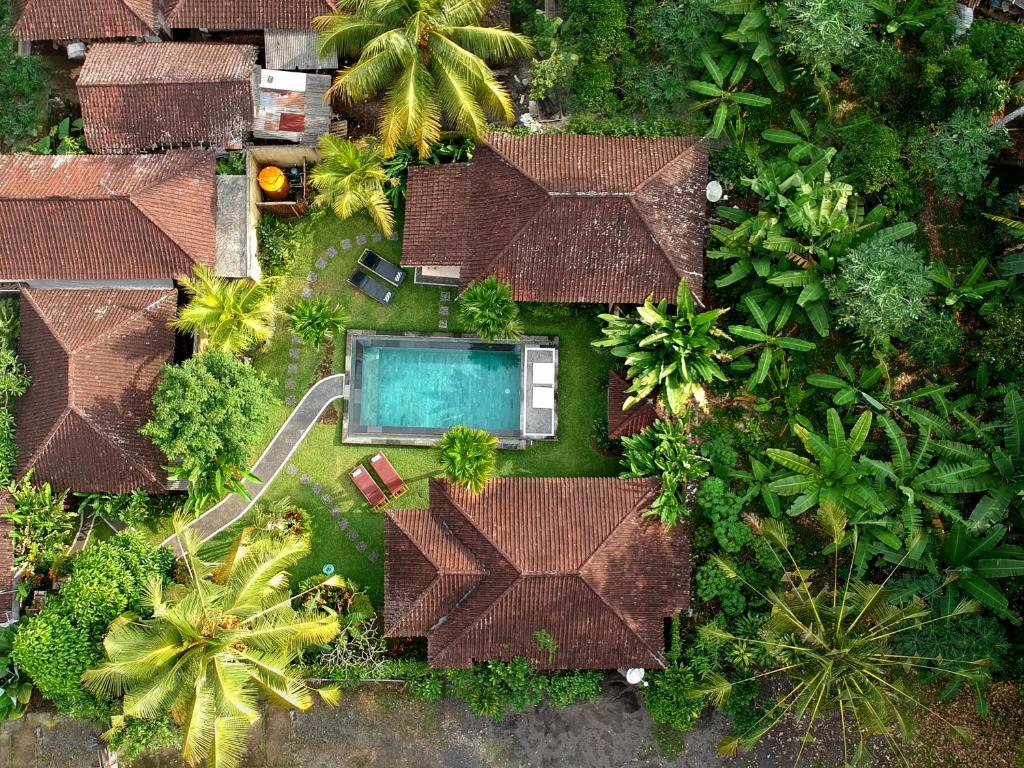 Een luchtfoto van Pajar House Ubud 2
