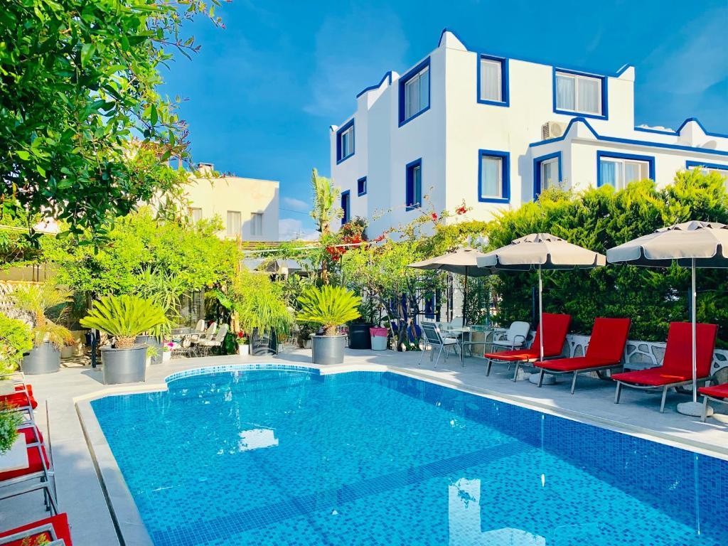 Bazén v ubytování Artunc Hotel Bodrum nebo v jeho okolí