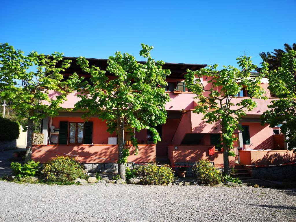 Appartamenti Lucry, Procchio – posodobljene cene za leto 2019