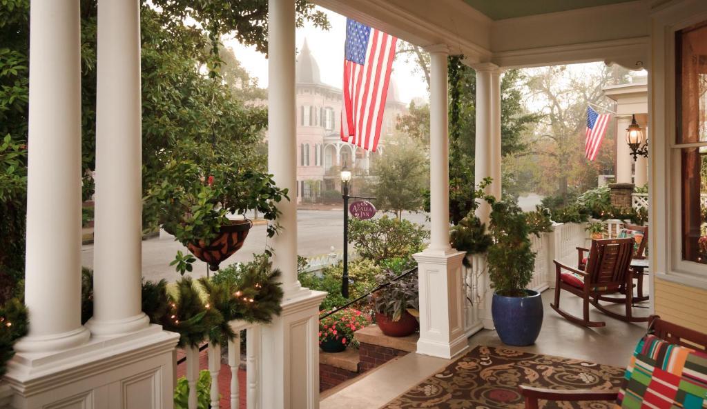 Azalea Inn And Villas Savannah GA
