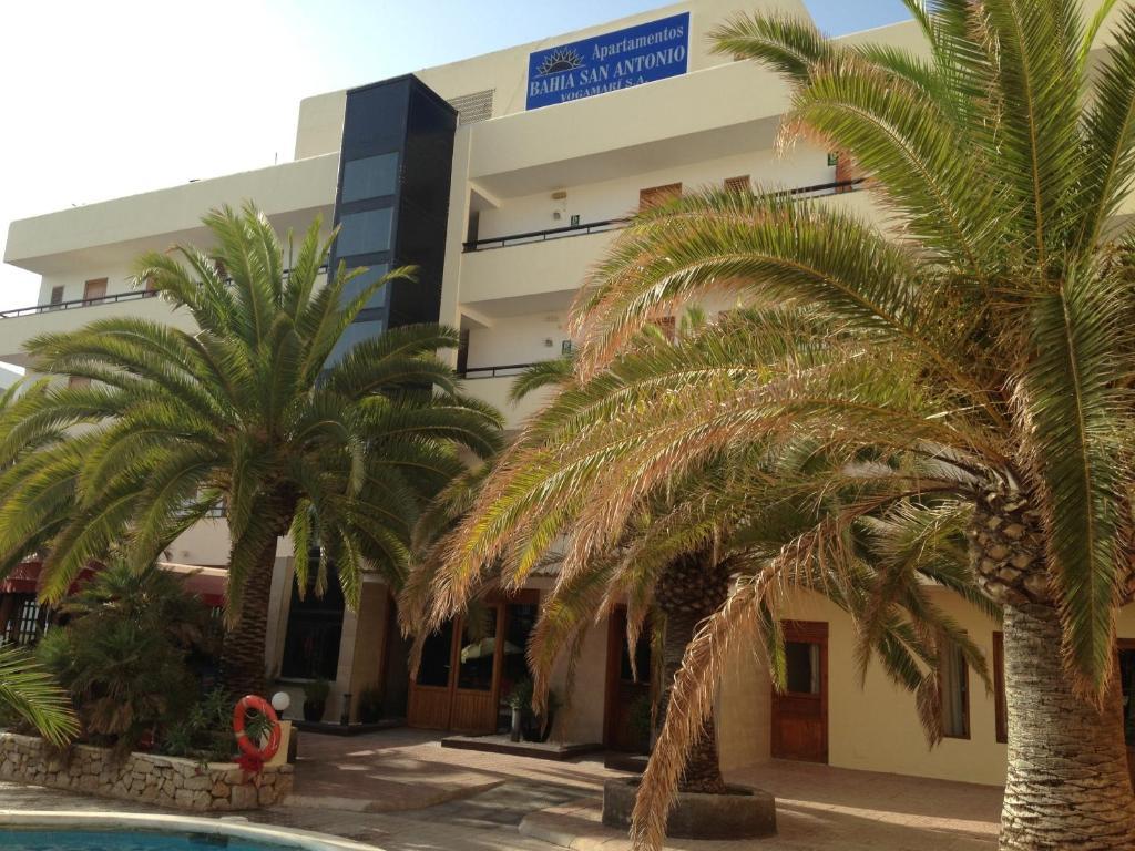 Foto del Apartamentos Bahia De San Antonio