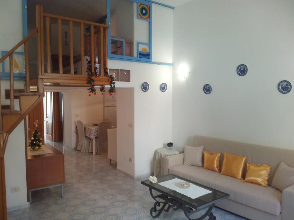 Ischia Ponte romantic apartment in the historical center and near ...